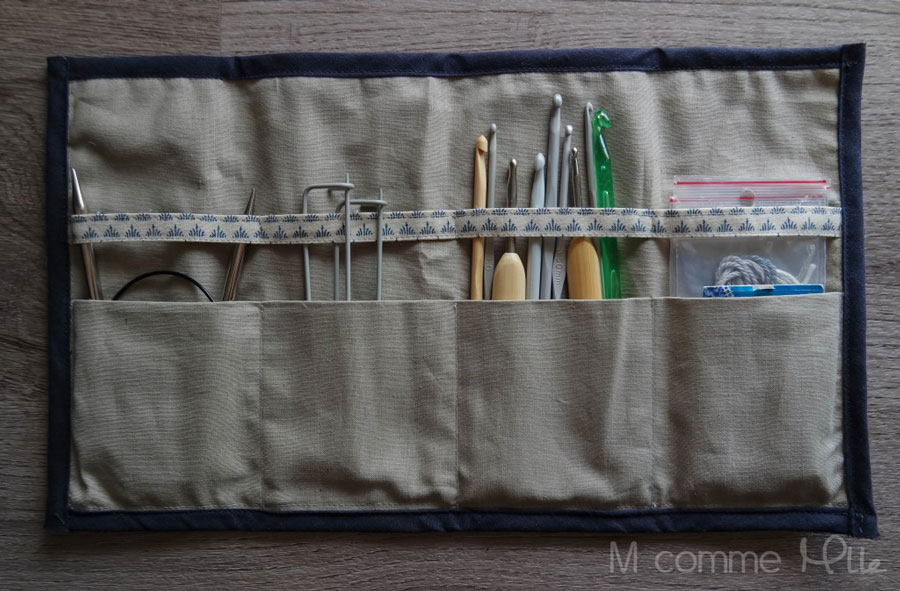 mystère-des-bermudes-la-pochette-rangement-tricot-et-crochet-tissu-triangles-couture-m-comme-mademoiselle1