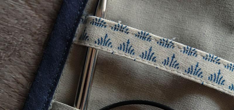 Mystère des Bermudes, la pochette de rangement tricot et crochet mystère-des-bermudes-la-pochette-rangement-tricot-et-crochet-tissu-triangles-couture-m-comme-mademoiselle