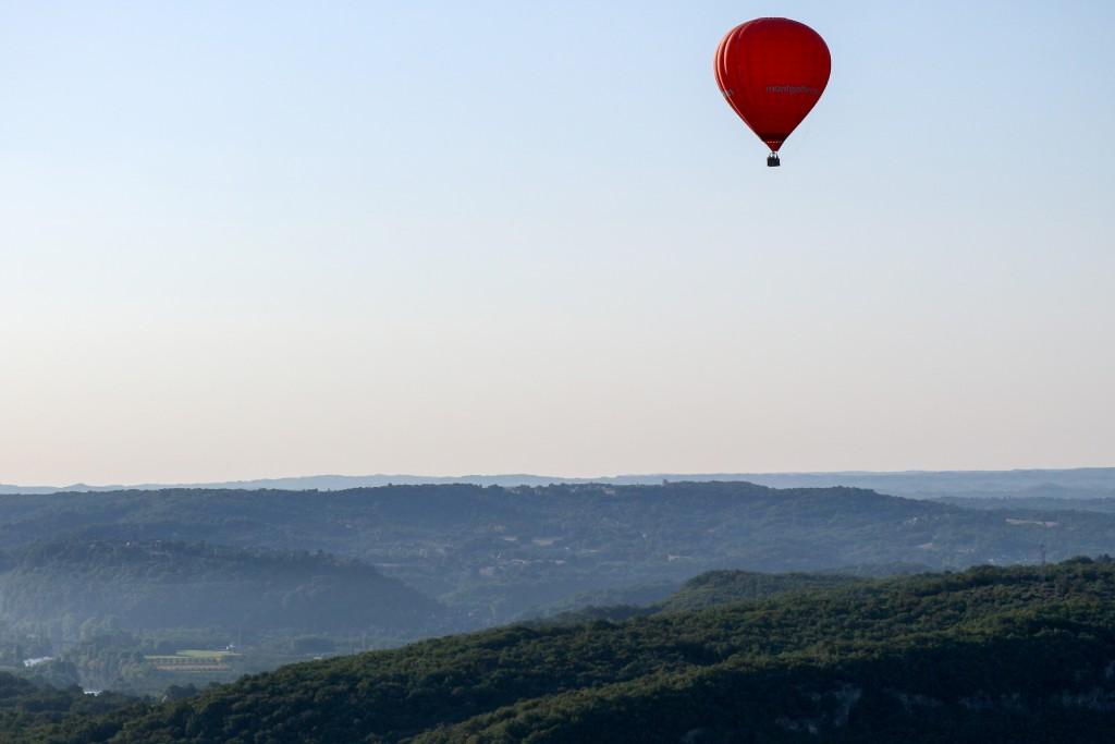 sejour-dordogne-gite le maine libre-vol-montgolfiere-chateaux-balades-gastronomie-m comme mademoiselle-16